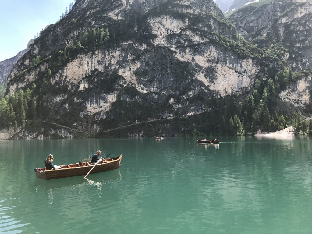 Lago di Braies hiking route
