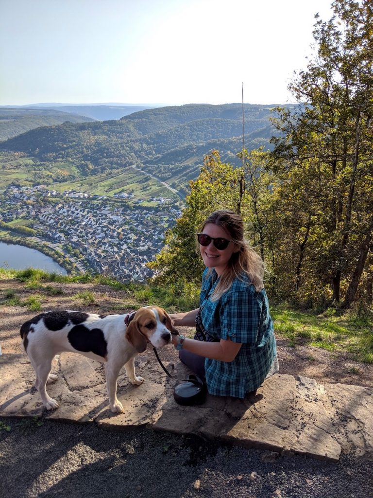Calmont Moselschleife with a dog